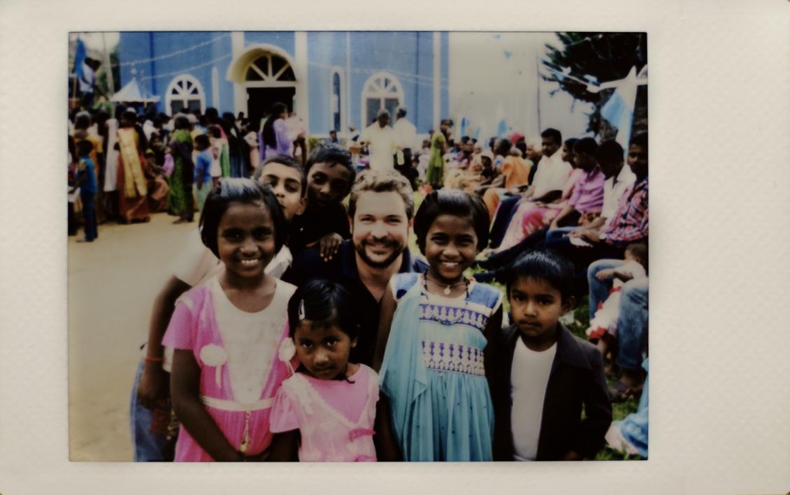 Sharing Memories in Sri Lanka andMexico
